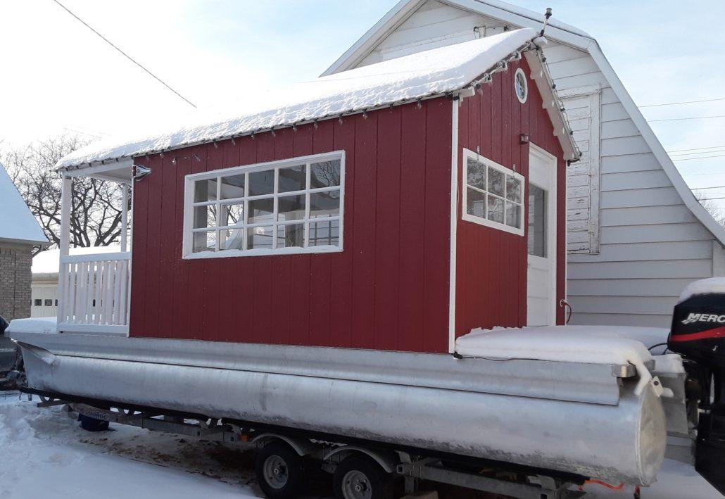 Three season cottage in winter