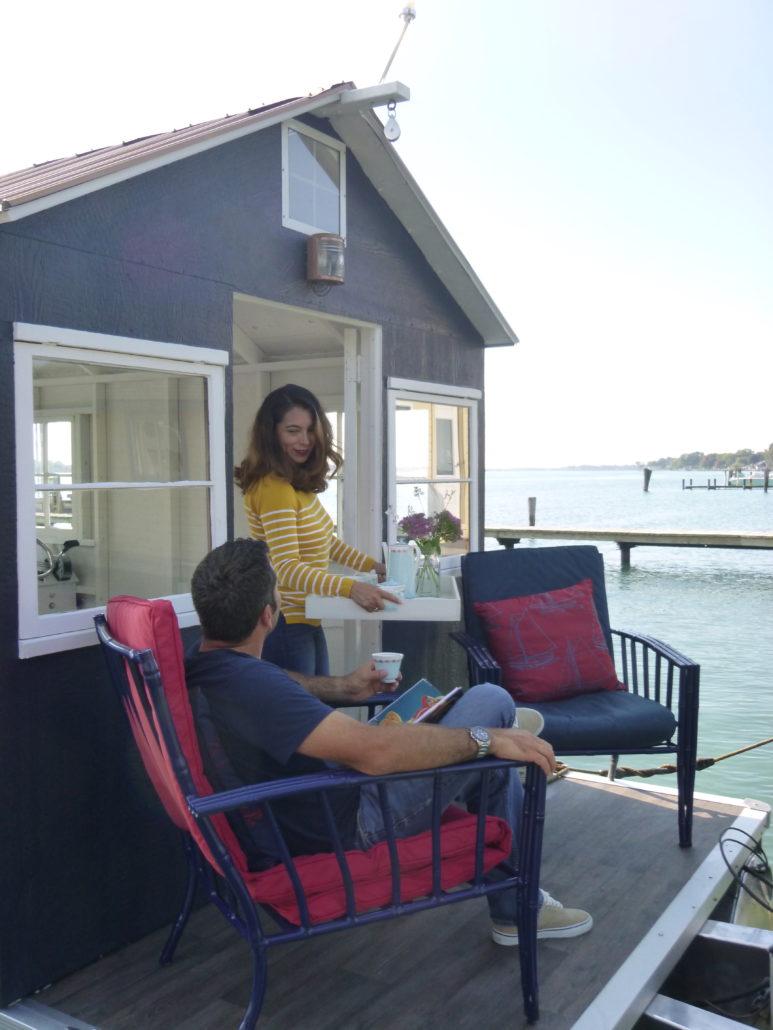 Morning tea on the lake